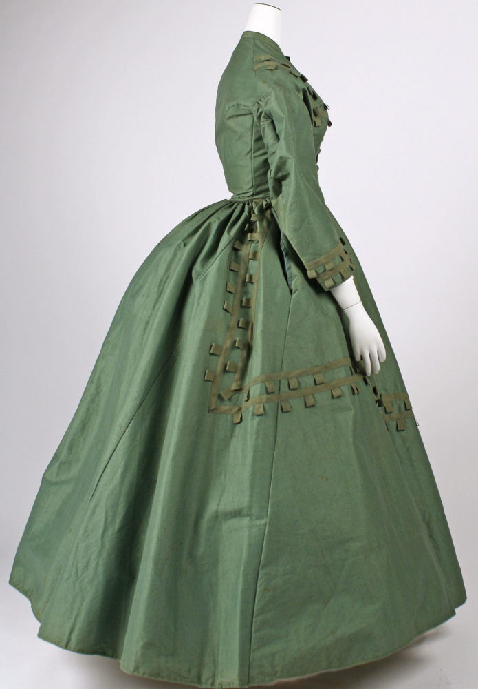 Dress, 1864–65, American, cotton, wool, silk, Gift of Miss Ruth Lathrop Sikes, 1950, Metropolitan Museum of Art, C.I.50.50.3