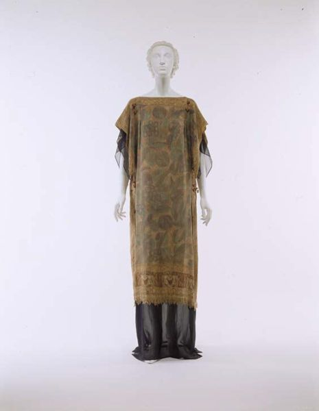 Dress, Raymond-Duncan (American),  1920s, American, silk, Metropolitan Museum of Art, 990.152