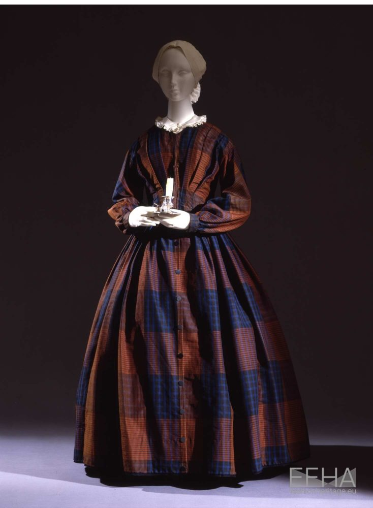 Dress in tussah silk, 1850s, Galleria del Costume di Palazzo Pitti