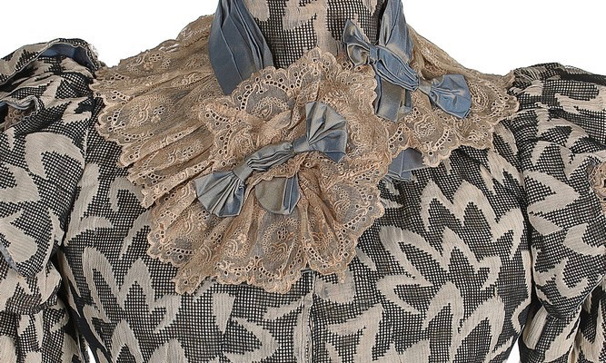 Day dress, 1897, Sold by Kerry Taylor Auctions