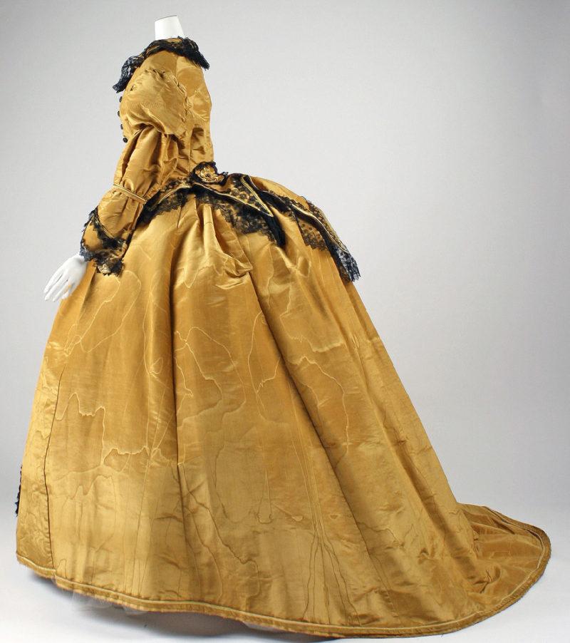 Dress, 1867–68, American, silk, Gift of Mrs. Jennie F. Potter, 1946, Metropolitan Museum of Art, C.I.46.96a, b