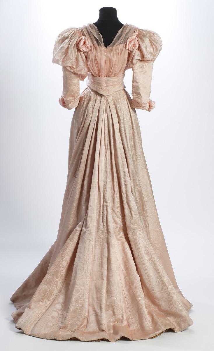 Dress ca. 1895, Sörmland Museum