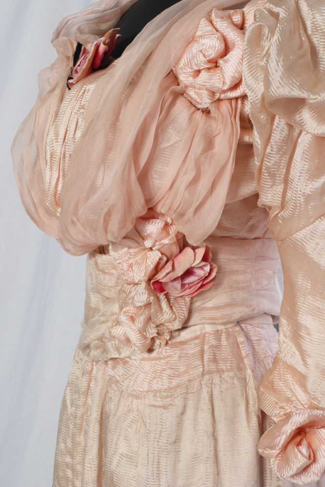 Dress ca. 1895, Sörmland Museum