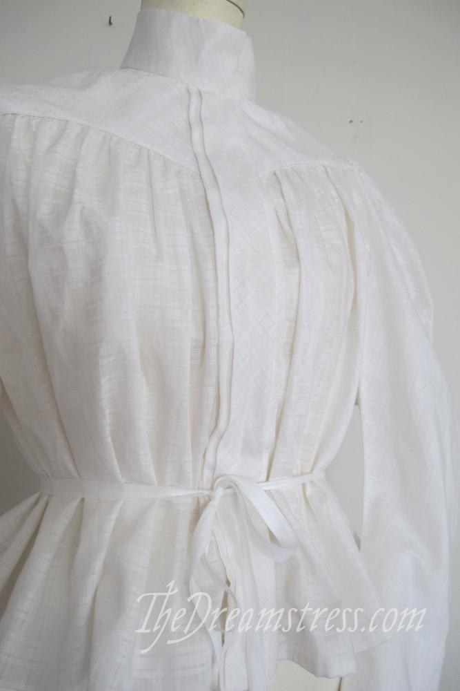 A suffragist shirtwaist thedreamstress.com