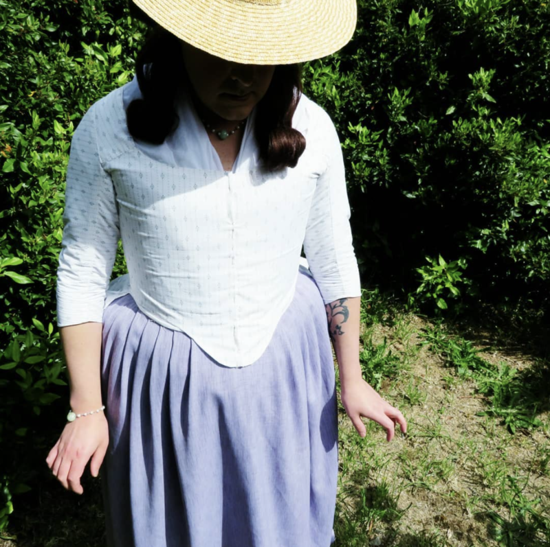 Dai of @this_one_sews in the Scroop & Virgils Fine Goods Amalia
