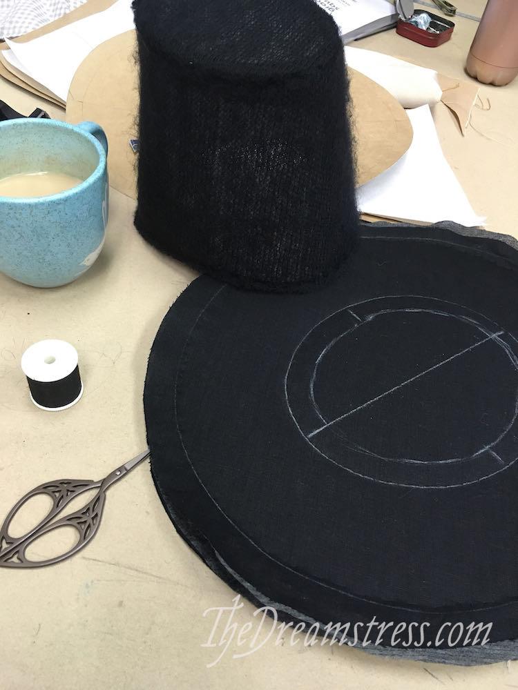 Making a 1780s hat thedreamstress.com