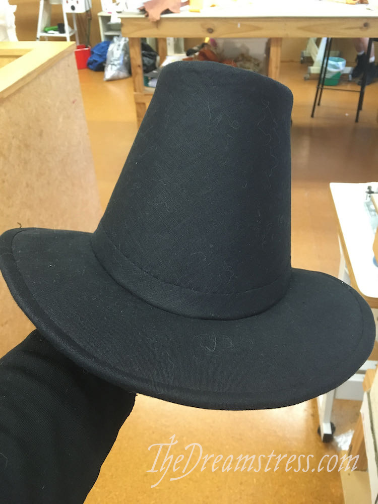 Making a 1780s hat thedreamstress.com