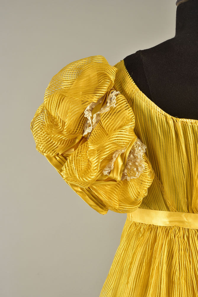 Evening Dress, silk and blonde lace, 1815, said to have been worn by Miss Mary Ann Knapp and Miss Sarah Ann Knapp, who were born in 1802 and 1803, respectively, Helen Larson private collection sold by Whitakers Auctions