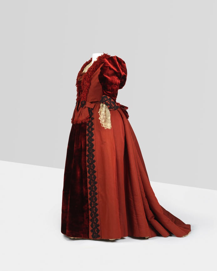 Dress in two parts, 1896, silk, lace and passementerie, 10592:001-002 Centraal Museum Utrecht