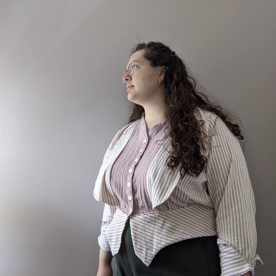 Megan of @boldly_sew in the Scroop Patterns Selina Blouse