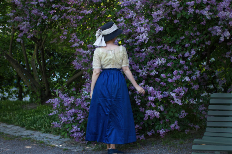 Maria of @sew_through_time in the Scroop Patterns Kilbirnie Skirt scrooppatterns.com